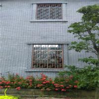 港口城市街道铝花格_推开式铝窗花点焊制造工艺