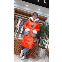 羽绒服现货多种款式多种风格艾蜜雪春北京女装批发市场广东大码女装加盟店