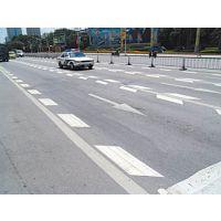 学校门口划斑马线,公路划禁止停车线找谁做,化州公路画白色线,道路划双实线的规格是什么