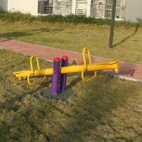 惠州市小区公园健身器材图片 体育用品运动器材款式齐全双柱跷跷板