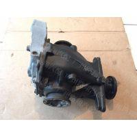 供应宝马320I差速器,减震器,传动轴等汽车拆车件