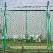 无锡板厚4mm钢板护栏网工厂加工@1.8米高菱形孔公路防护栏全国发货