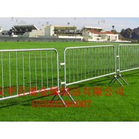 百瑞供应移动护栏网 道路安全隔离栅护栏网