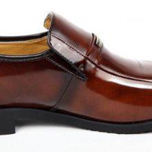 漆皮鞋坏了怎么办,漆皮鞋掉漆了怎么办,亮漆皮鞋刮花了怎么办,皮鞋磨破皮怎么修补,漆皮鞋划痕怎样处理?