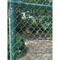 厂家供应运动场围栏网护栏