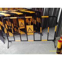 深圳防护桩生产厂,深圳铁马护栏,建筑工程围挡
