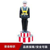 优质仿真警察塑像 玻璃钢材质 模拟交通警察 河南东家厂家价格