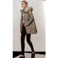 多福服装批发市场品牌折扣女装专柜正品清仓运动衣秀维妮冬大衣复古多种款式