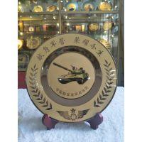 西安部队纪念章定制设计 五角星奖章功勋章定制 纯铜镀金纪念盘桌摆制作
