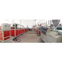 青岛合塑PVC集成墙板生产线