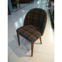 现代简约咖啡餐桌椅西餐厅酒店桌椅实木休闲椅餐椅扶手靠背椅软包