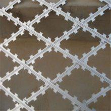 刀片刺绳立柱 刀片网的图片 pvc包塑刺绳