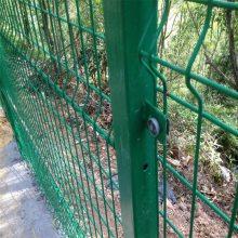 围栏网批发 新疆围栏网厂 钢丝隔离网价格