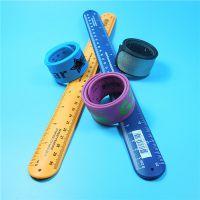 如何定制一款优质的硅胶礼品?