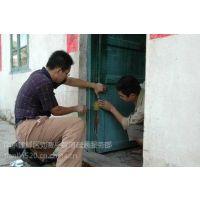 南京专业门窗制作安装中心.阳光房玻璃安装.制作及更换各种门窗密封胶条毛条