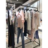 艾格品牌女装专柜正品 一线品牌女装18年夏装折扣尾货走份。