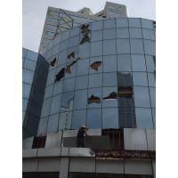 珠海高空更换破损幕墙玻璃/墙灯饰安装广告牌安装