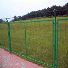 公路护栏网供应商 桃型柱护栏网 高速围栏