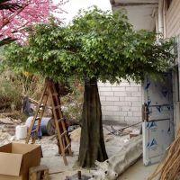 深圳龙岗大量供应仿真大树 塑料大树植物 树叶颜色可定制 各种规格的都可定制