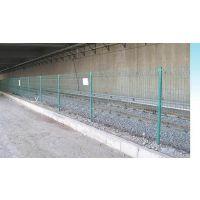 安徽厂家现货供应边框护栏网 浸塑公路护栏网 养殖护栏网