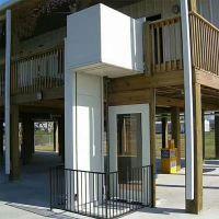 张家界风景区无障碍升降平台安装 商品房超市液压升降货梯 电动升降台厂家