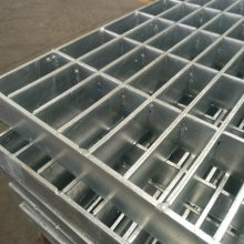 Q235钢格栅板平台安装要求/钢格栅板平台批发/冠成