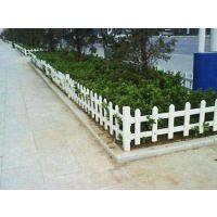 成都养殖场PVC栏杆轻巧,安装更简便