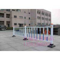 百瑞 供应小区护栏网 草坪公路防撞栏 城市市政镀锌防护栅栏