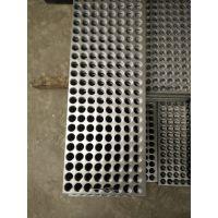 1*2m长圆孔冲孔网 装饰过滤冲孔网噪声治理屏障 厂家报价