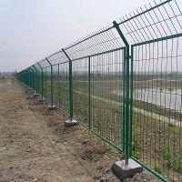 新疆欧利特供应现货350丝公路隔离防护用框架护栏,可定制