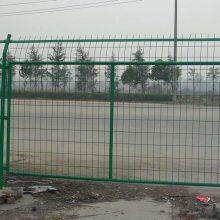 人行道隔离网报价 清远马路围栏网带边框 厂区防护网现货晟成