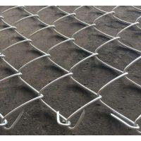 河北厂家生产PVCPE勾花网菱形勾花网体育场围栏