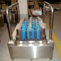 华诚生产厂家供应工业洗靴机