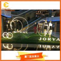 定制 商场美陈 玻璃钢 服装模特道具展 装饰橱窗道具