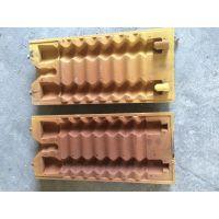 我厂有大型数控铣,加工各种铸件设计,制作翻砂铸造模具,射芯机,覆膜砂热芯盒