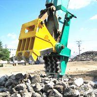 挖掘机安装机械式破碎头 建筑物混凝土破碎 钢筋拆除效率高