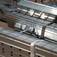 护栏冲孔钢管厂家、护栏冲孔钢管价格、