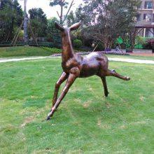 沈阳玻璃钢动物雕塑定制 仿铜雕塑鹿园林草地景观动物