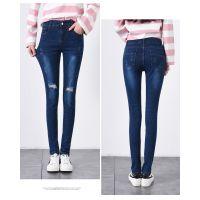 广东牛仔裤市场在哪里新款韩版女装牛仔裤5元批发
