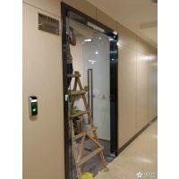 深圳玻璃门维修,地弹簧门夹门锁门禁安装更换