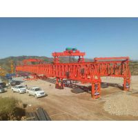 河北张涿高速新东方制造的300吨架桥机成功架设首片钢混组合梁架设成功
