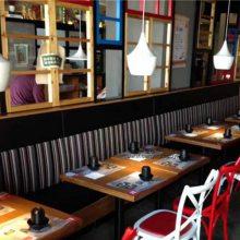 美式乡村风格靠墙卡座沙发桌椅组合,惠州工业风特色菜馆餐桌椅家具定制