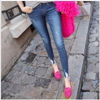 新款女装背带裤潮流时尚女装牛仔清仓女式牛仔裤小脚牛仔裤