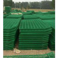 铁路护栏网的性能特点及用途介绍 护栏厂家
