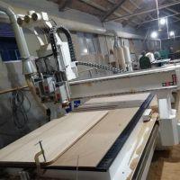 迈腾数控木工三主轴切换开料机 橱柜衣柜开料机厂家 数控雕刻机直销