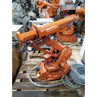 机器人电动机和放大器受热损坏,报警维修。