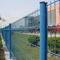 厂家供应公路桃型柱护栏网 机场围栏 车间隔离栅