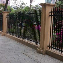 订做公园隔离栅、草坪围网,镀锌勾花网晟成厂家 直销绿化带隔离栏杆