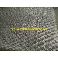 安平瑞策主要生产拧编石笼网, 高尔凡石笼网, 重型六角网, 格宾网