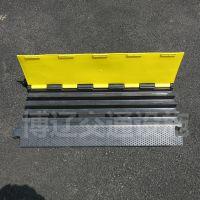 橡胶4槽线槽板减速带 舞台穿线板 四孔电线PVC盖线板批发厂家